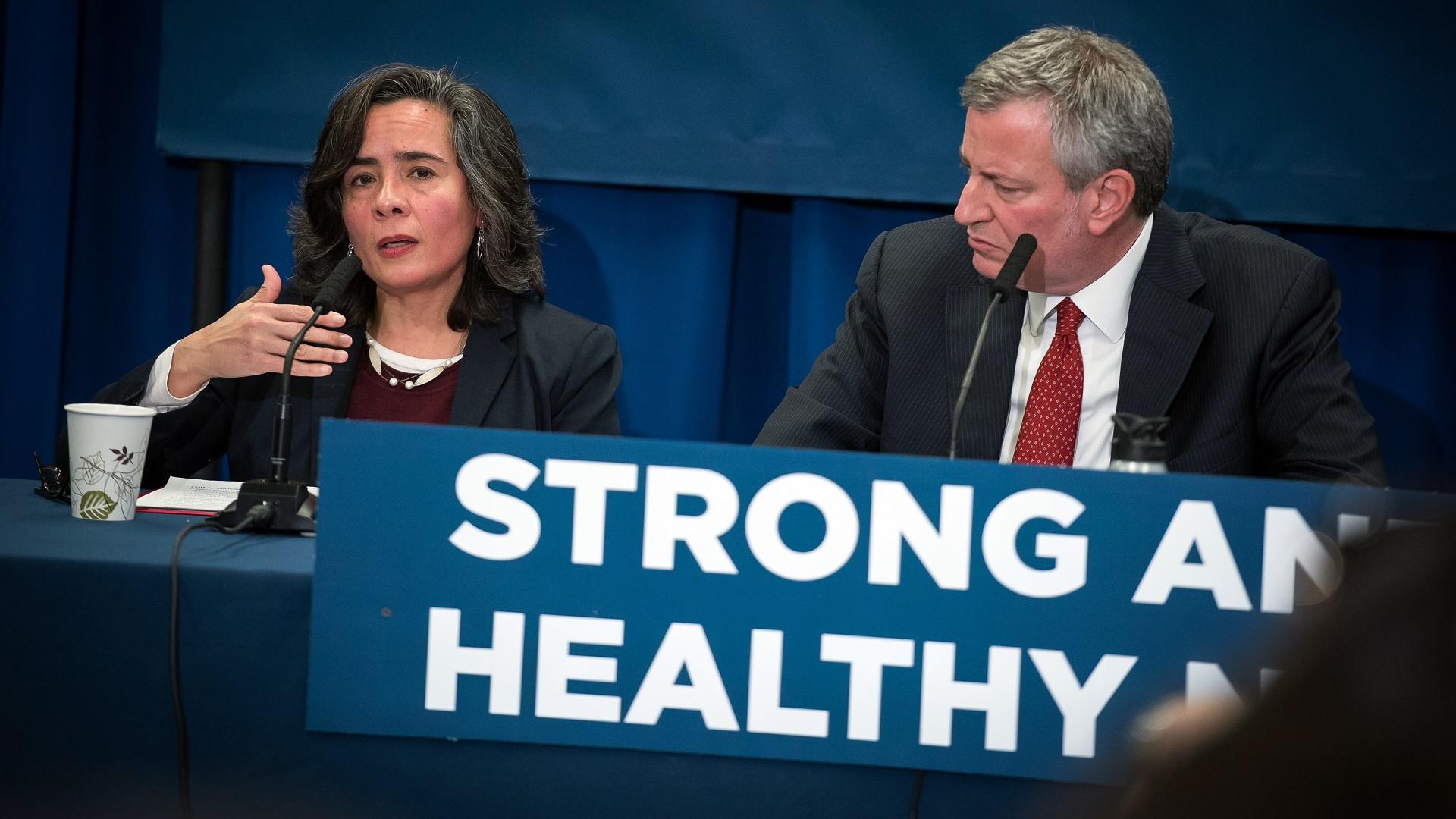 Nueva York evalúa la efectividad de sus planes de emergencia para contener el coronavirus