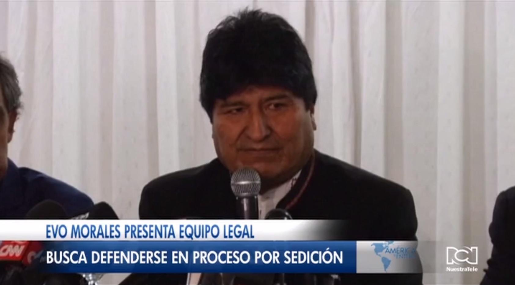 Evo Morales presentó al equipo de abogados que lo defenderá en proceso por sedición