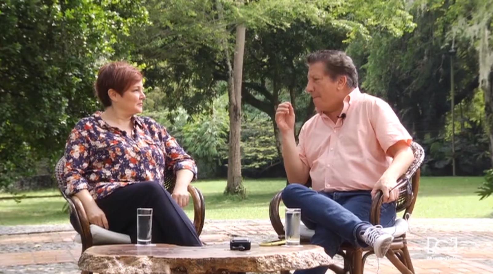 Vicky Acosta en Entrevistas con Hernán