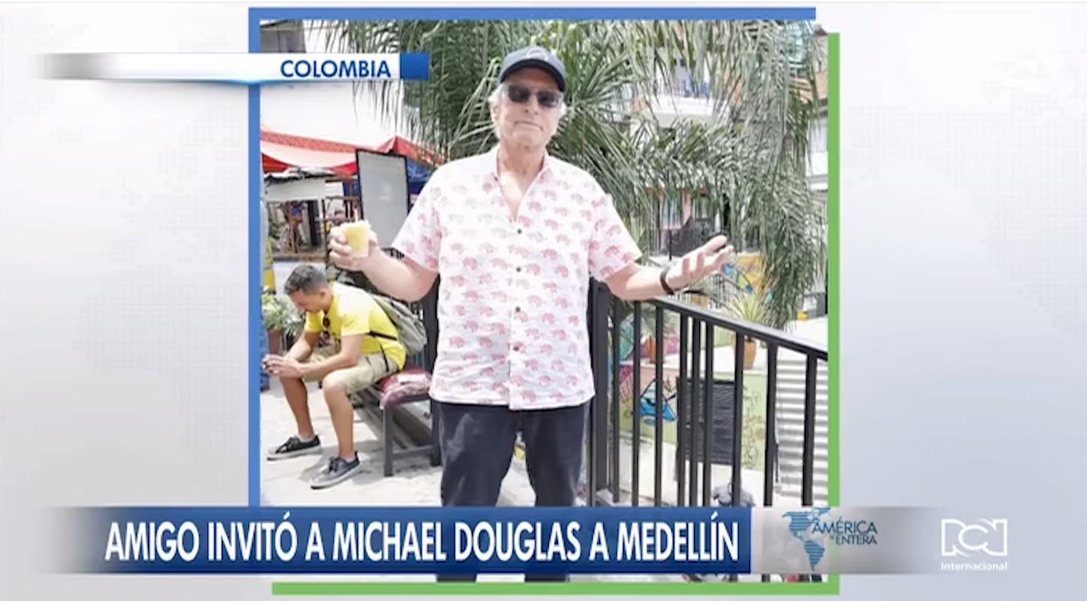 Michael Douglas se dejó ver en las comunas de Medellín