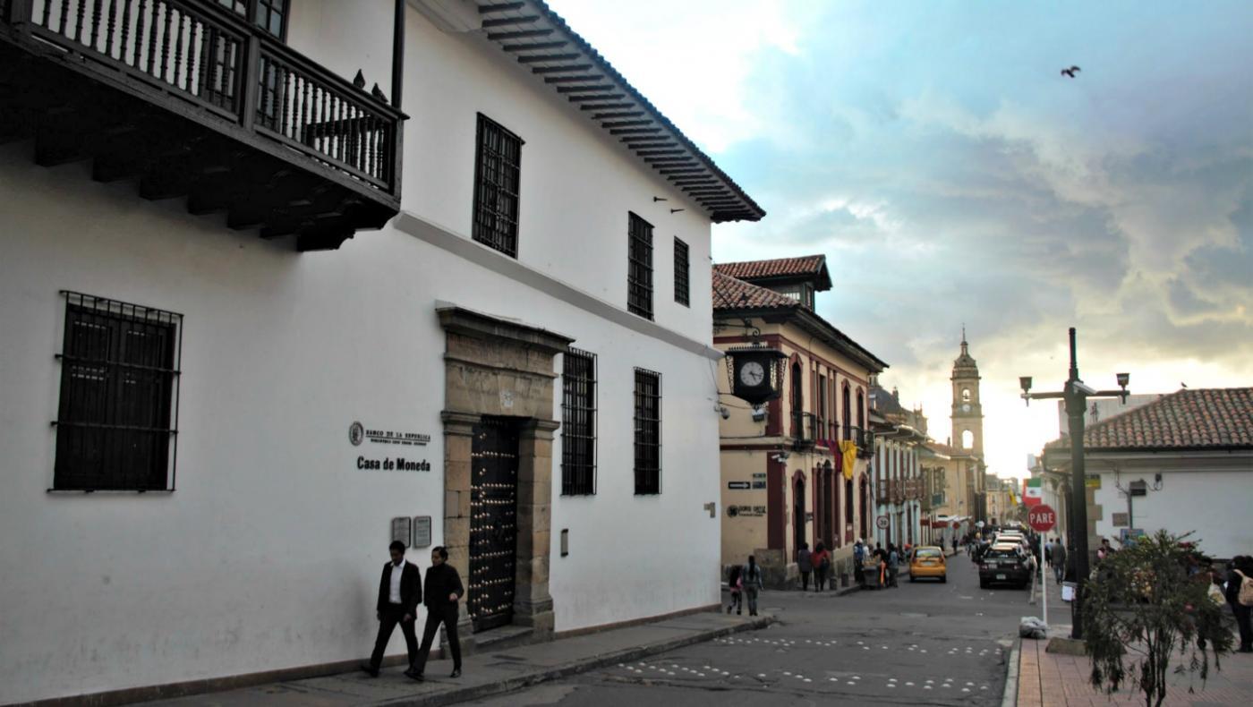 tour-fantasmagorico-por-las-calles-del-barrio-la-candelaria-de-bogota.jpg