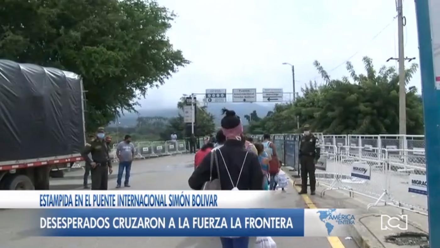 Al menos 500 migrantes cruzaron a la fuerza la frontera colombo-venezolana