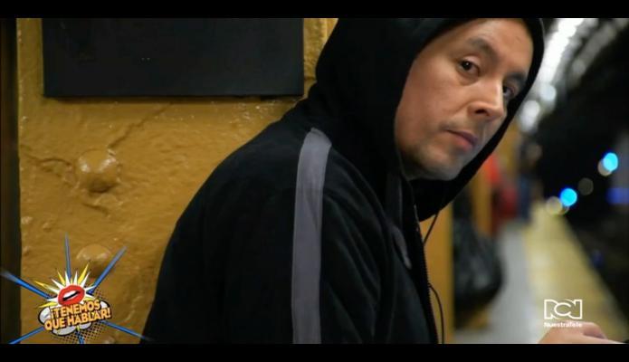 """Alfonso Díaz y Lorena Rodríguez protagonizaron el corto """"One Way/Round Trip"""" de Diana Huérfano"""