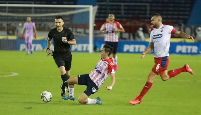 ¿Cuánto ganarán los árbitros colombianos en 2021?