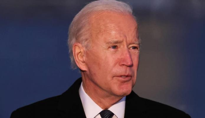 Joe Biden inicia su gobierno con decretos sobre clima, migración y Covid-19