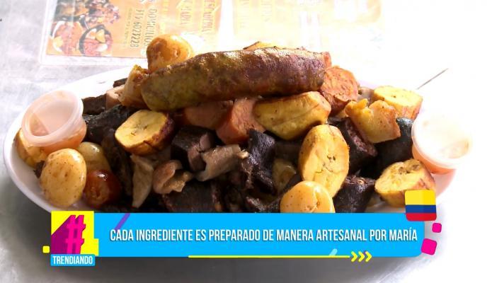 En la plaza de mercado 20 de Julio podrá encontrar la picada más famosa de la comida santafereña
