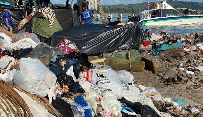Crítica situación de migrantes en Necoclí: Hay más de 20.000 extranjeros represados