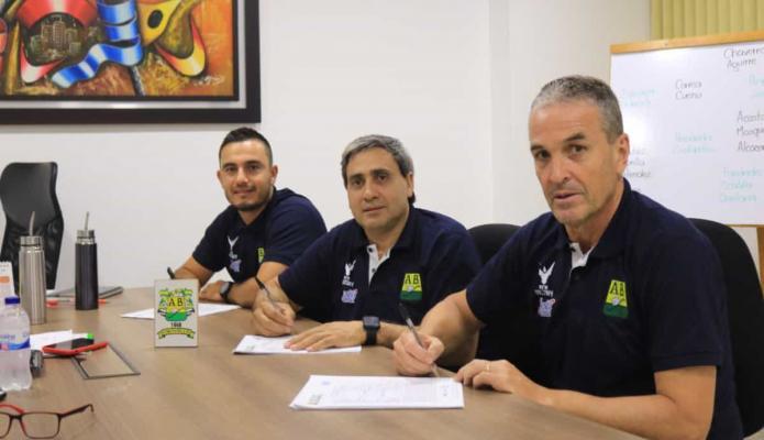 Néstor Craviotto asumió al Bucaramanga: Si no se gana, los proyectos no sirven