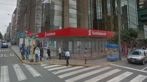¿Cómo se puede abrir una cuenta bancaria en Perú con pasaporte venezolano?