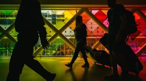 ¿Cuánto tiempo puede permanecer un migrante con visa de turismo en Estados Unidos?