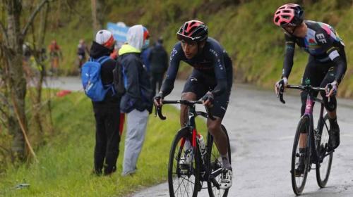 Egan Bernal superó la primera prueba: aguantó la escalada y no hubo dolor