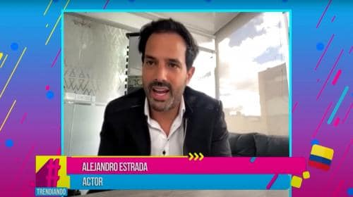 Alejandro Estrada nos habla de su obra de teatro Todos me miran