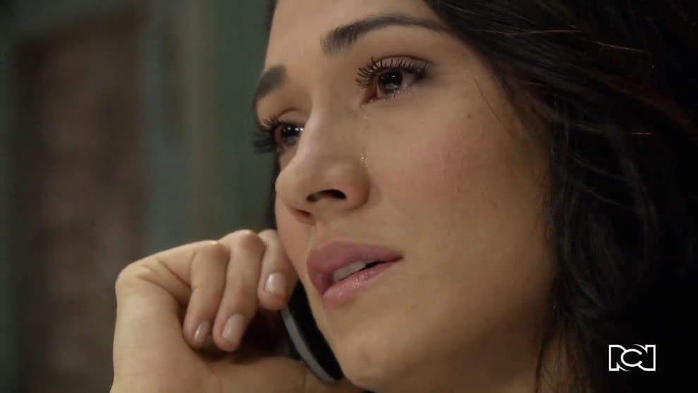 Allá te espero | Capítulo 70 | Rosa María decide terminar su relación con Álex