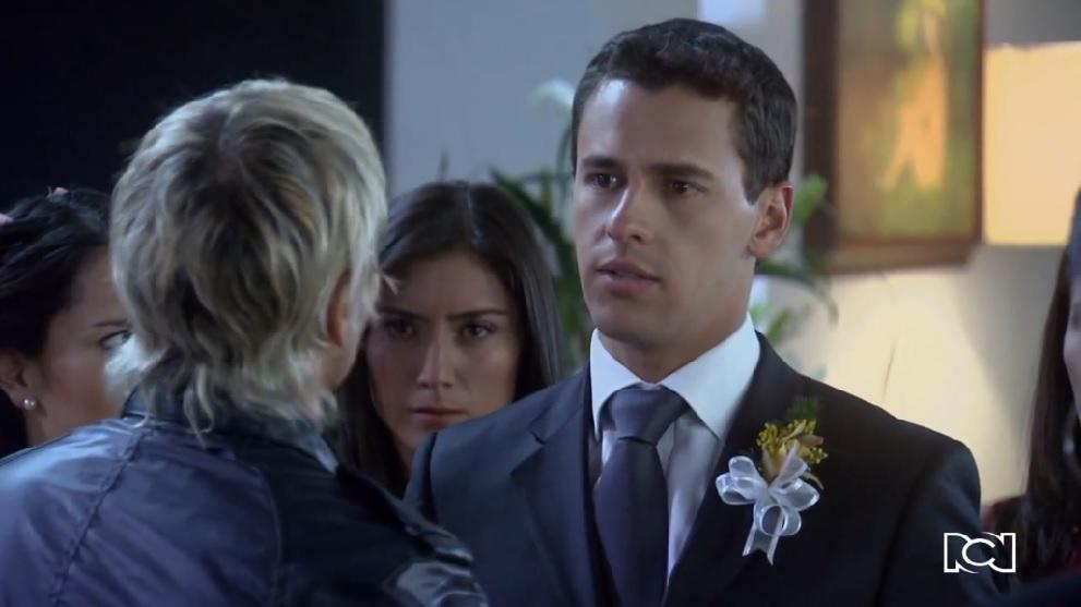 Amor en Custodia | Capítulo 142 | Robert interrumpe el matrimonio de Tatiana