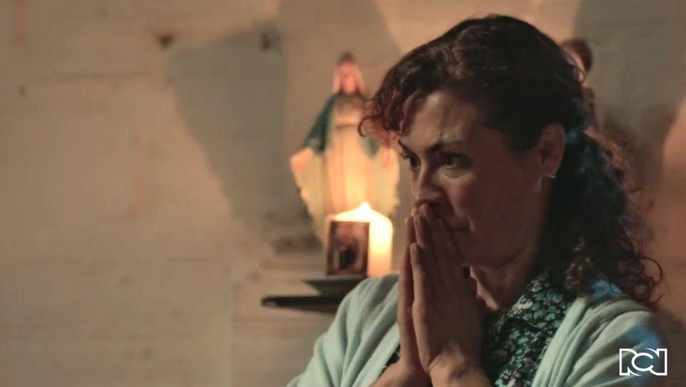 Gaviota le confiesa a su mamá que se besó con Sebastián