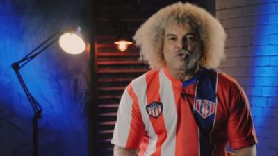 VIDEO   El Pibe estrena una nueva camiseta y critica a los hinchas de Junior