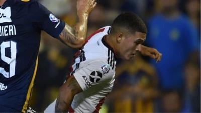 VIDEO | El golazo de Juan Fernando Quintero a Rosario Central desde la cámara de atrás del arco
