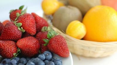 Jugo de fresa y toronjas.