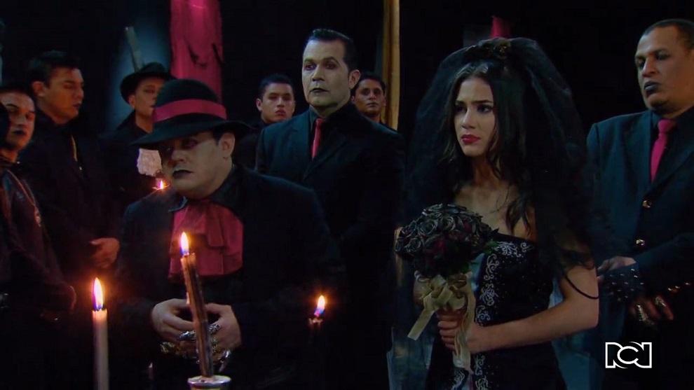 Chica Vampiro | Capítulo 54 | Daisy y el capo de la mafia