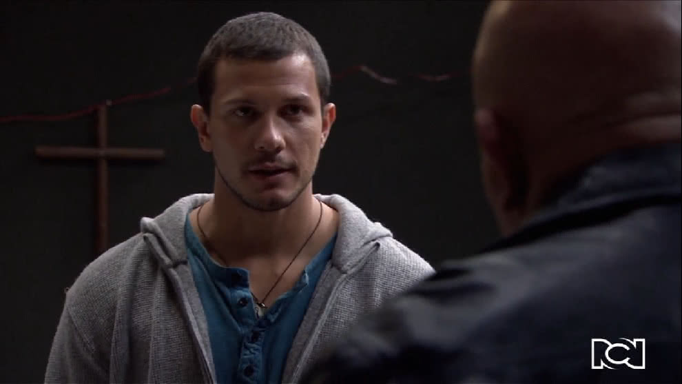 Rafael le propone un trato a Sarmiento para liberar a Lucho