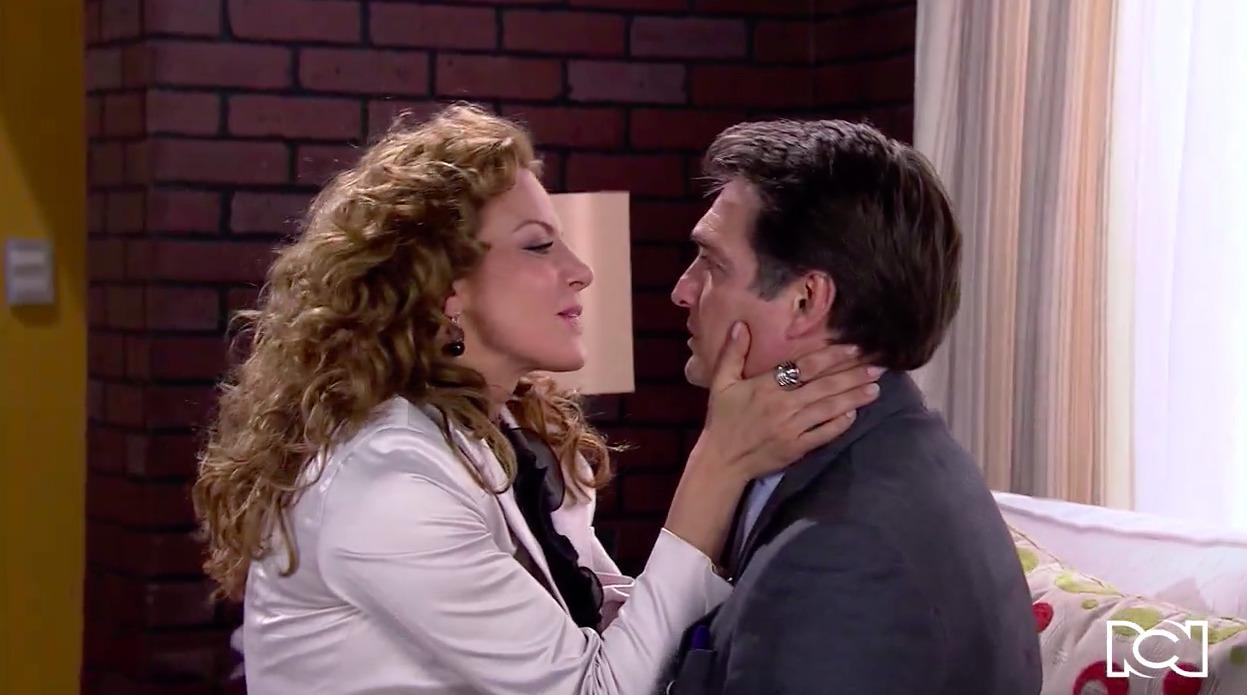 Cuando Me Enamoro | Capítulo 31 | Jerónimo le pide matrimonio a Renata