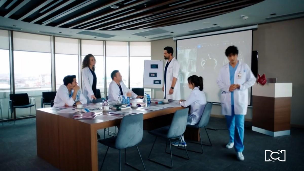 El equipo médico continúa enfrentándose a un gran reto