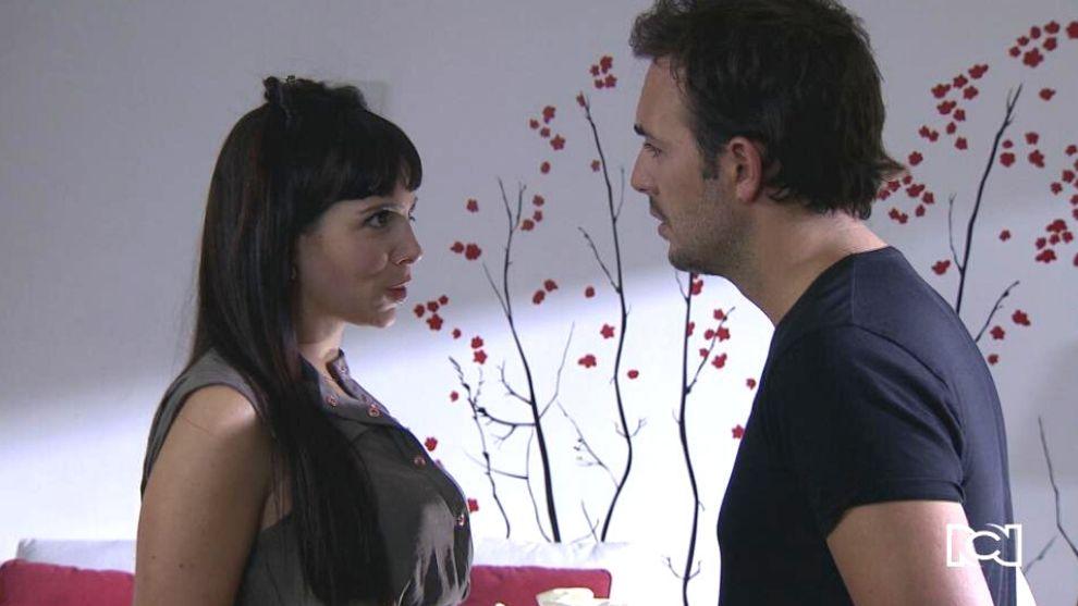 Natalia discute con Esteban