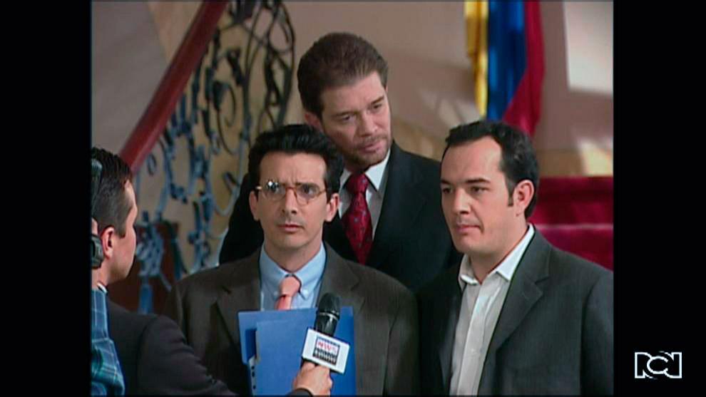El Inútil | Capítulo 30 | Martín aparece en televisión