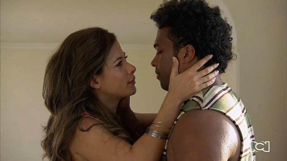 El Joe, la leyenda | Capítulo 76 | Álvaro y Jackie vuelven a besarse