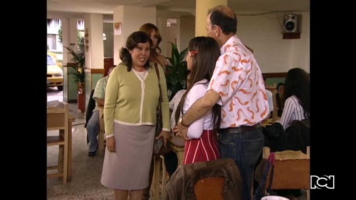 El último matrimonio feliz   Capítulo 25   Margot y Bárbara le arman un escándalo a Armando
