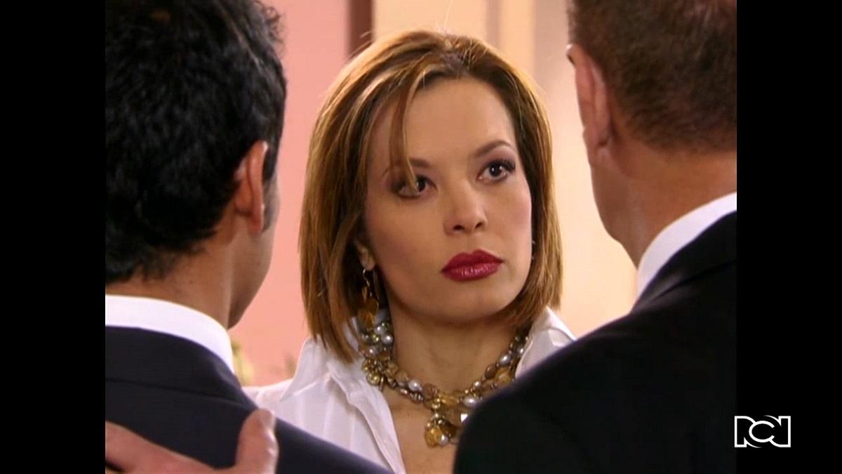 El último matrimonio feliz   Capítulo 26   Manuel descubre que Camila trabaja con Antonia