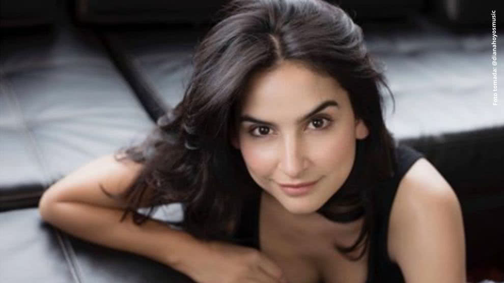 Diana Hoyos y su faceta de cantante