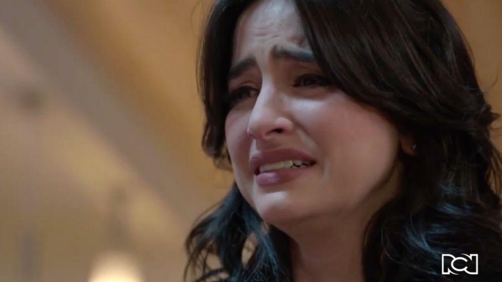 María Clara le confiesa a Garnica que le falló