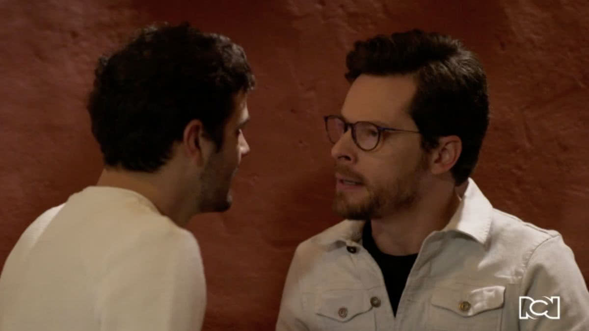 Álvaro confronta a Felipe