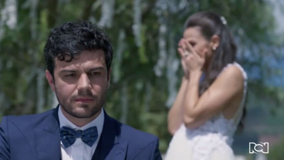 Felipe cancela su matrimonio