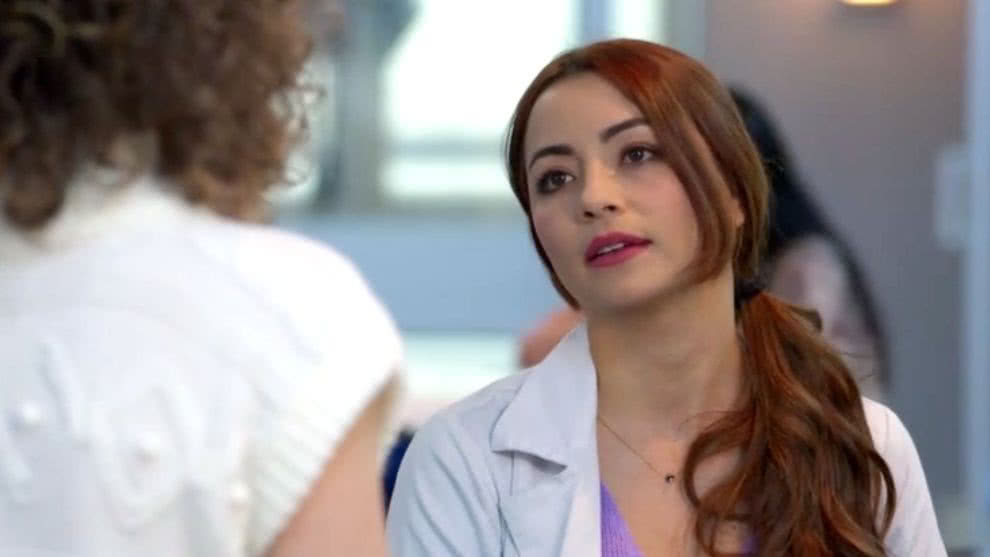 Helena tiene una fuerte discusión con Victoria