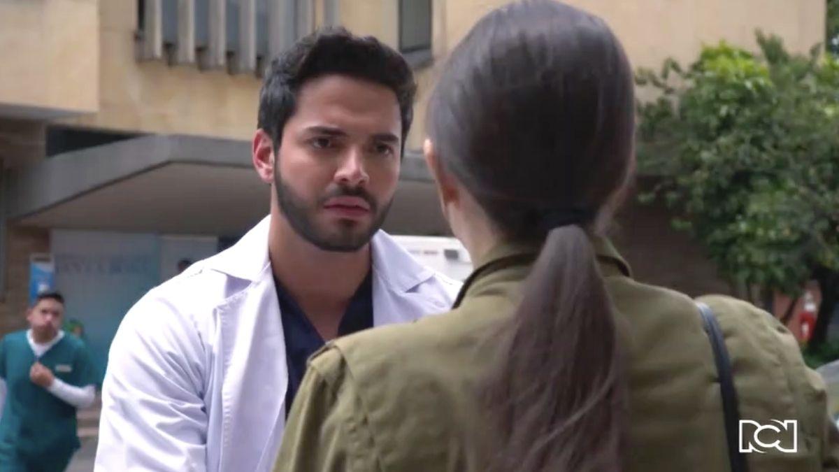 Carlos se entera del embarazo de Valentina