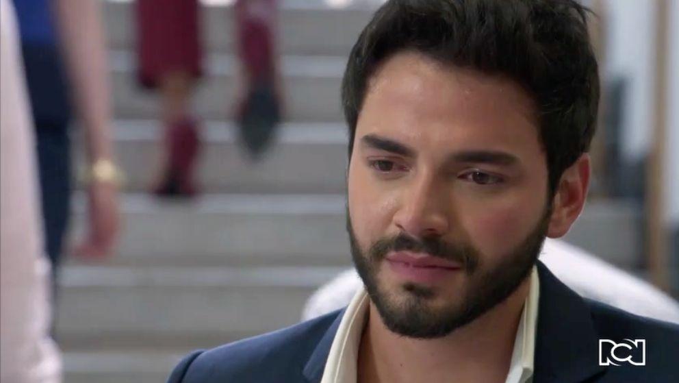 La conmovedora promesa que Carlos le hace a Simón
