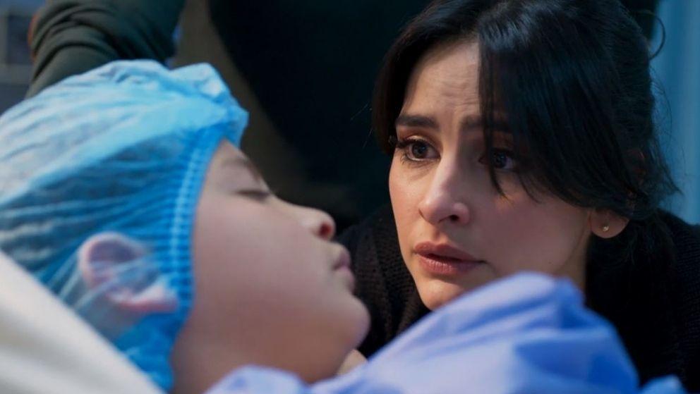 María Clara enfrenta una difícil situación con su hijo