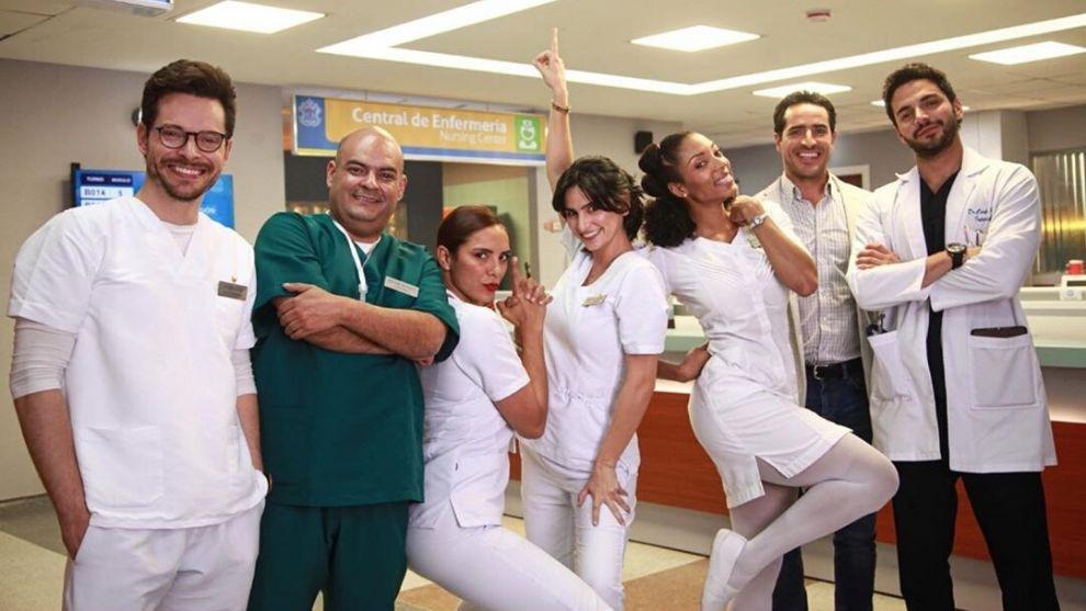 El equipo de 'Enfermeras' muestra su sexy físico en redes