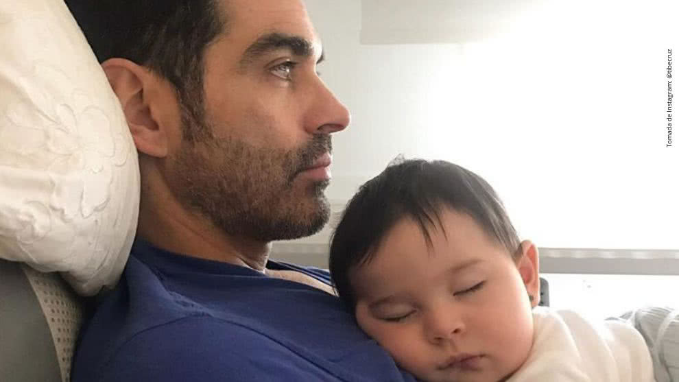Tiberio Cruz junto con su hija Paulina.