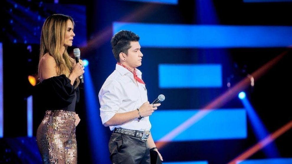 La comparación que le hacen a Jeison Vargas con Christian Nodal por su gala