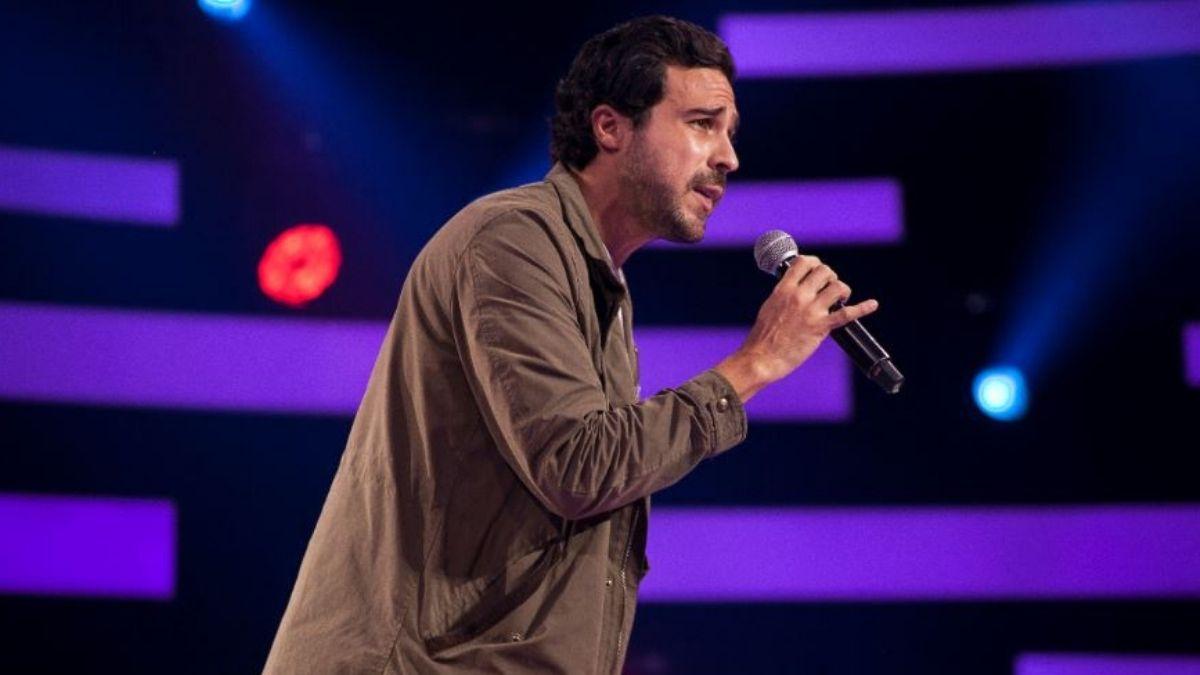 Conoce al joven financiero que impactó con su voz única en Factor X