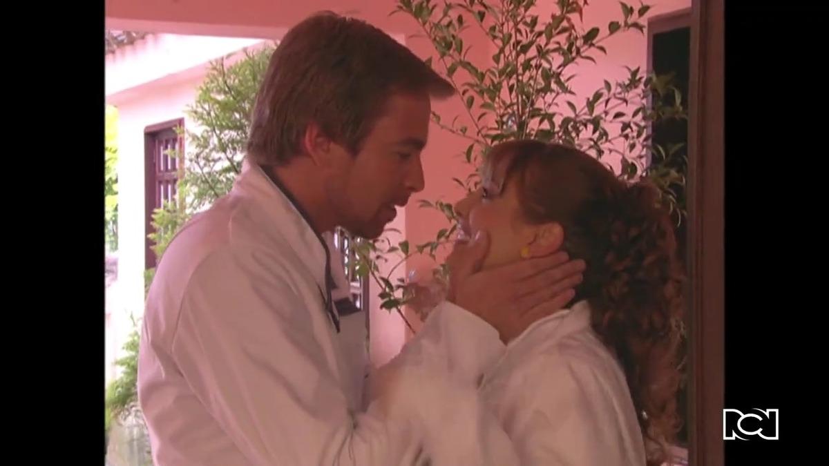 Flor y Federico se demuestran su amor