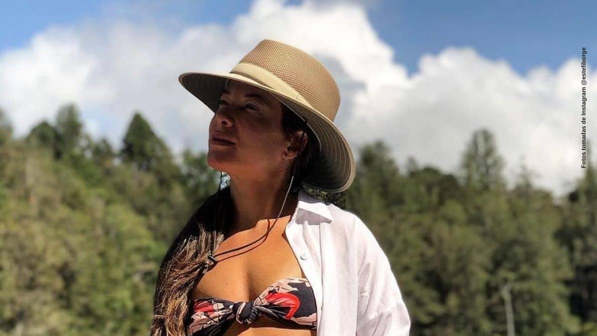 Estefania Borge es halagada por una original foto en el rio