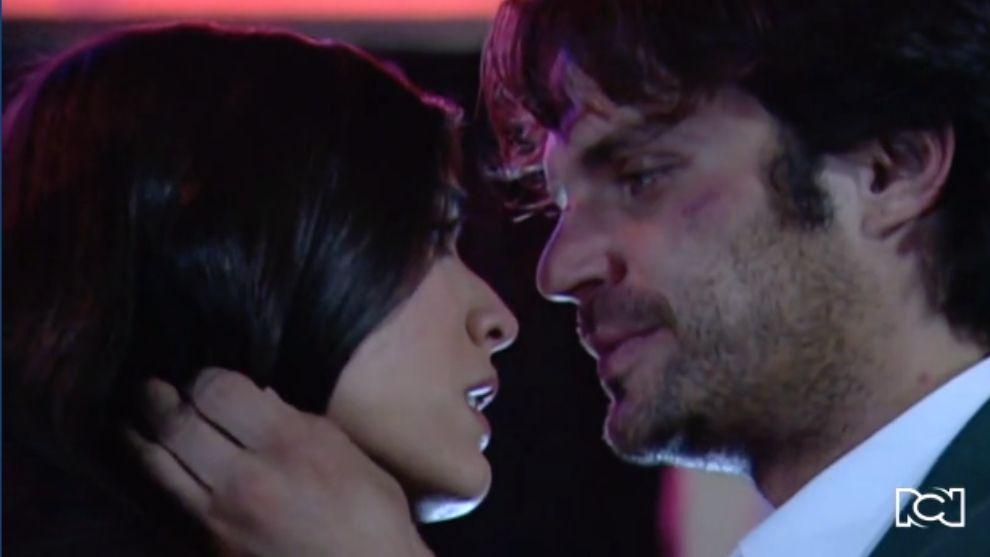 Emiliano y Rosario se dan un apasionado beso