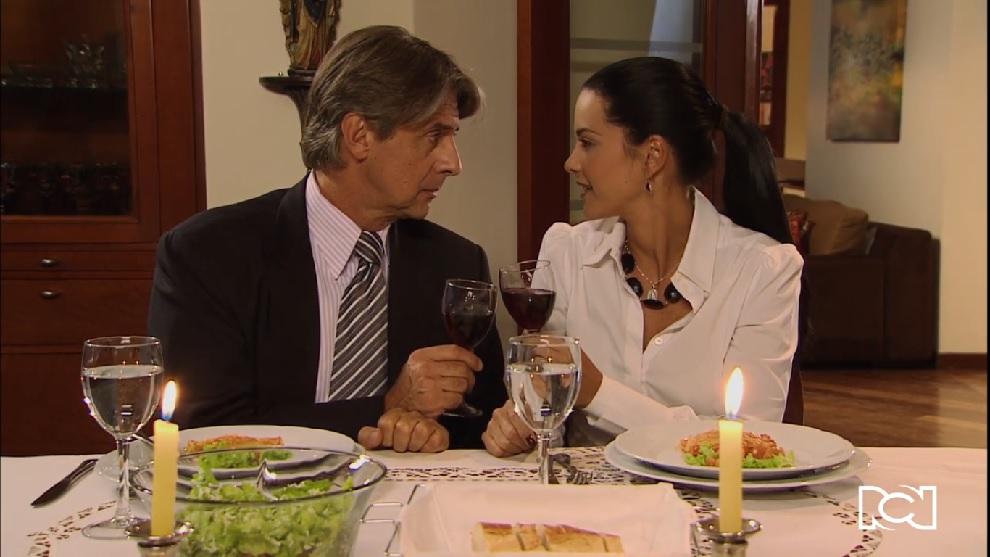 Eduardo le propone matrimonio a Renata