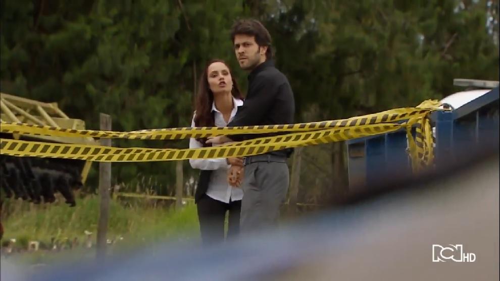 La policía encuentra el cuerpo del padre de Renata