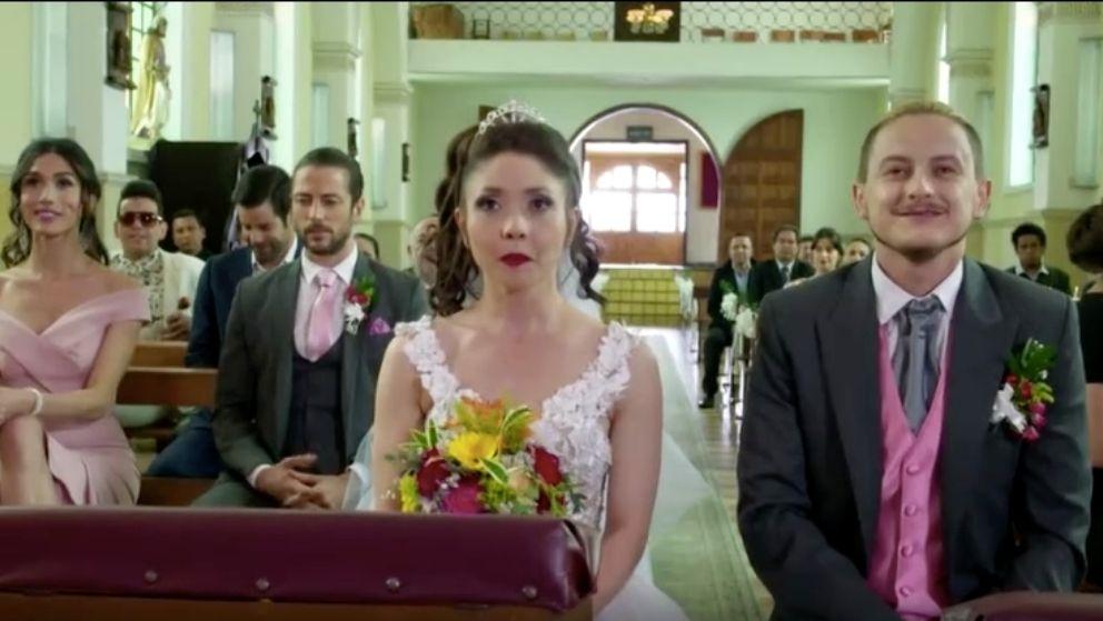 Mayo y Kevin dan el sí en el altar