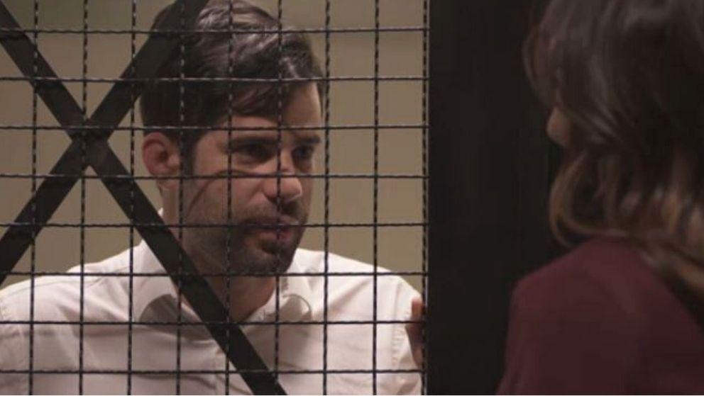 Francisco le declara sus sentimientos a Lala